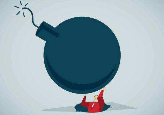 """""""爆雷""""潮之后 P2P网贷行业能否迎来新成长?"""
